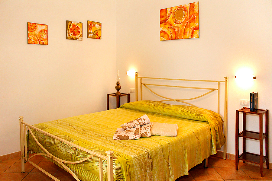 vista camera Appartamento Girasole, Appartamenti a Castiglione della Pescaia